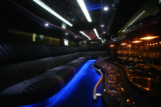 Hummer The General Limo_inside2