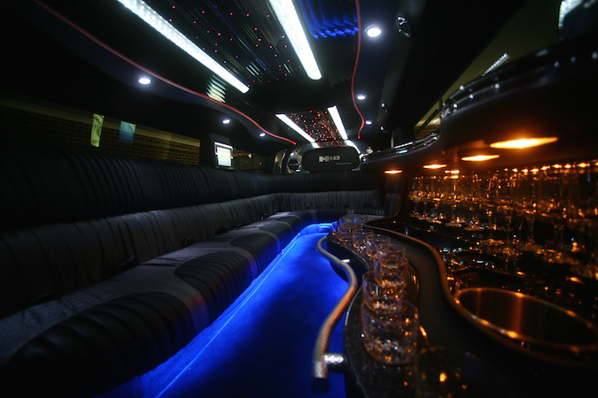 Hummer The General Limo_party