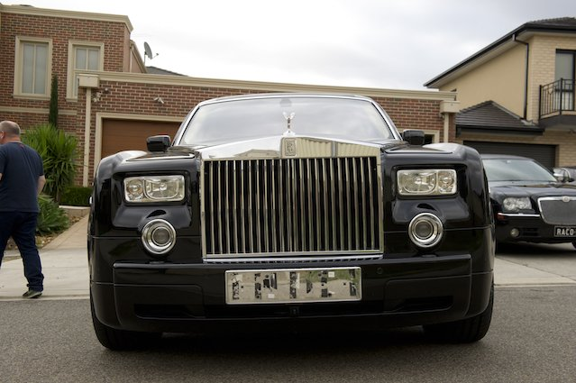 ROLLS-ROYCE-black