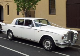 1975 Rolls Royce Silver Shadow White